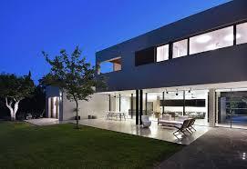 100 Picture Of Two Story House Contemporarylshapedtwostoryhousedesignedneumanhayner
