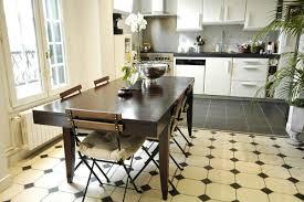 carrelage cuisine noir et blanc photo le guide de la cuisine séparé
