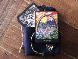 Mythic Tarot Deck Book Set by 9 Sure Fire Ways To Select A Tarot Deck That U0027s Right For You