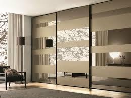 porte de placard chambre portes coulissantes placard porte fenetre coulissante tour de