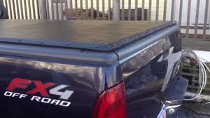 F150 Bed Cover by Ford F150 200 00 Tonneau Cover Youtube