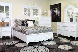 The Sweetheart Upholstered Kid s Bedroom Collection
