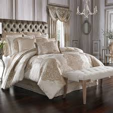 La Scala Medallion forter Bedding by J Queen New York