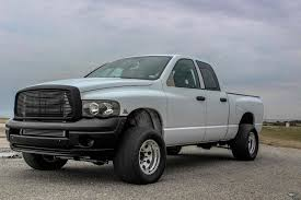 White Shadow: Tim Bowman's 2004 Dodge Ram 2500