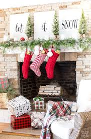 Adventures In Decorating Christmas by 25 Unique Christmas Fireplace Ideas On Pinterest Christmas