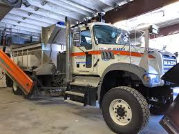 100 Well Trucking A Mack Snow Plow Built For The Frozen North Photos Equipment