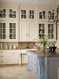 20 Ways To Create A French Country Kitchen Regarding Cabinets Ideas 12
