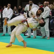 clara morgane bureau marnaval judo home