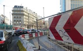 conforama place de clichy porte de clichy attention travaux de nuit le parisien