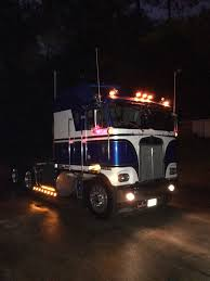 Pin By Perry Plumb On CLASS 8 | Pinterest | Rigs, Semi Trucks And ...