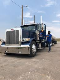 100 North American Trucking Indian Sikhs Steer Into The Industry