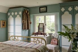 schlafzimmer in blau weiß mit bild kaufen 12606125