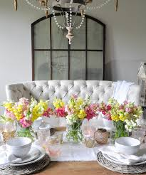 Snapdragon Centerpiece On A Spring Tablescape White Dining Room With Flowers