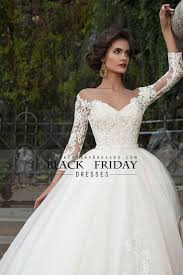 2016 Bateau Wedding Dresses 3 4 Length Sleeve With Applique Tulle