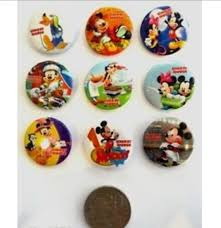3cms diameter lot of 9 mickey mouse badges for loot bags