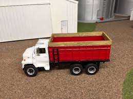 1 /64 Ford Louisville L9000 Grain Truck Scratch Custom Farm Toy ... John Deere 116th Scale Big Farm Truck With Cattle Trailer 1 64 Ford Louisville L9000 Grain Scratch Custom Toy Wyatts Toys Trailers Rockin H Trucks Tonka Classic Steel Stake Wwwkotulascom Free 1950s 2 Listings 1975 Chevy C65 Tag Axle And 20 Grain Body Snt Custom 0050 Blue Ih 4300 Pulling A Wilson Pup
