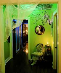 love the green glow using florescent blacklight bulbs found at