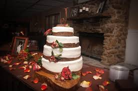 Image Of Rustic Wedding Cake Tables