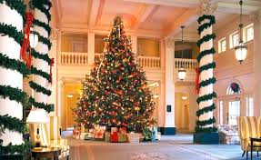 The Best Hotel Christmas Trees In US