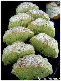 cake a la pate de pistache petits gâteaux à la pâte de pistache a l orée des douceurs