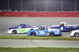 100 Truck Series Oval Racing Featuring The Pro RMR