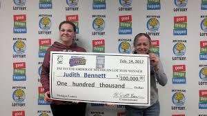 Halloween Millionaire Raffle Pa by Monroe Woman Wins 100 000 Playing Michigan Lottery U0027s 100 Grand