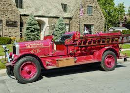 100 First Fire Truck FIRST FUNDRAISING EVENT FOR BLUE ISLAND FIRE MUSEUM Chicago