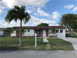 2941 Nw 213th St Miami Gardens FL realtor