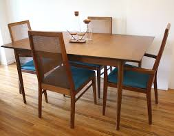 American Of Martinsville Dining Room Table by Mid Century Modern Dining Table With Hidden Leaf And Set Of 4