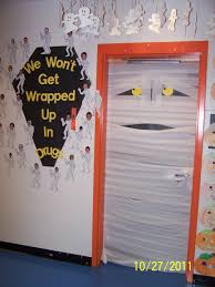 Kindergarten Thanksgiving Door Decorations by Mummy Door Kindergarten Halloween Pinterest Kindergarten