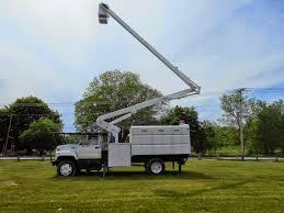 ExploreMachines: Bucket Truck (Lifting & Material Handling Equipment) Truckmounted Telescopic Boom Lift Hydraulic Max 6 350 Kg 35 M China Forland Aerial Bucket Truck 1214meters Lift 2005 Intertional 4700 Single Axle Boom 61 Spd Bucket Truck Used Whosale Aliba 2008 Freightliner Forestry With Liftall Crane For Sale 2007 Peterbilt 60 All Material Hand Over Center C 7500 L0m502s Item I6371 Sold May 26 Versalift Lt62 Sign Mounted On A 2012 Trucks Lifts And Digger Derricks Made In Usa By Bdiggers Ne Bridge Contractorsincspecializing Lifting Equipment For Equipmenttradercom