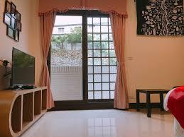 chambre des avou駸 ㄽ布魯森blossom ㄽ悠閒の漫步 帶陽台 suites à louer à 阿里山鄉