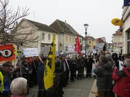 ouverture du bureau de poste les abrets en dauphiné mobilisés pour défendre leurs bureaux de poste