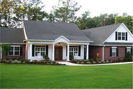 Colonial Ranch Home Plan 3 Bdrm 2097 Sq Ft