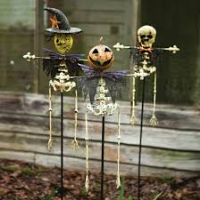 Halloween Yard Stake Lights by Yard Stakes Set Of 3 Cece U0026 Me Home And Gifts