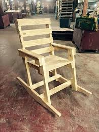 Comfy Recycled Wooden Pallet Chair Plans