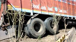 Indore...footikhoti Road Truck Accident - YouTube 11815 Nj Turnpike I95 Crash Black Ice Trailer Flip Youtube Funny Truck Accident In India Youtube Intended For 2018 Top Crashes Accidents Wrecks Truck Crash Compilation Semi Trucks Driving Fails Car Crashes In Fail Compilation 2016 Failarmy Motorcycle Tourist Bus Crash Kills 20 In Turkey Original Hd Version Cows Fall Out Of Must See Incredible On 73 Toll Road Leaves 1 Dead Caltrans Worker Gallery On Videos Coloring Page Kids Dash Cam Passenger Ejected From Flipping Car Hror Brazil Beamng Drive Test Mod Pack Cars Pickupfs