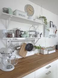 küche mit neuem mintfarbenen porzellan küchendekoration
