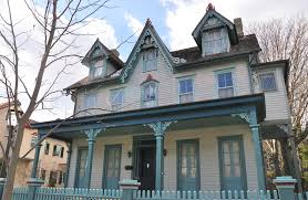From Queen Anne To Gothic Revival A Guide The Victorian Style