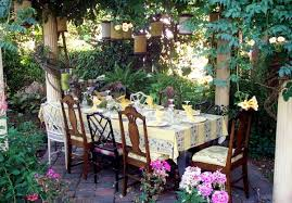 Outdoor Brunch Decorating Ideas Spring Table