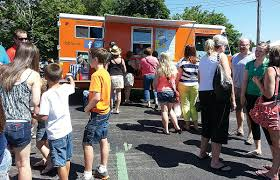 100 Rochester Food Trucks Couple Serves A Mean Weenie From New Food Truck