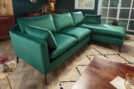 casa padrino samt ecksofa smaragdgrün schwarz 260 x 160 x h 93 cm wohnzimmer sofa mit kissen im retro style wohnzimmer möbel