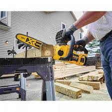 DeWalt DCCS620P1 20V Max Compact Cordless Brushless Chainsaw 5Ah Kit