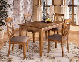 5 Piece Dining Set Table And 4 Side Chairs 4299