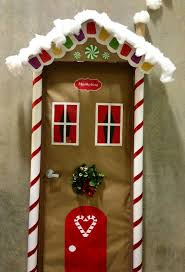 Cubicle Holiday Decorating Themes by Best 25 Christmas Door Decorations Ideas On Pinterest Christmas