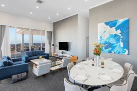 100 Penthouse Bondi Suites Junction Sydney Meriton Suites