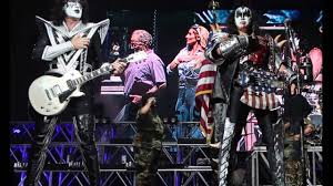 Tommy Thayer And Gene Simmons KISS July 4th Show Tucson AZ Freedom To Rock 2016