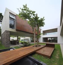 100 Modern Homes With Courtyards Opulent Residence Built Around A Central Courtyard In Peru La