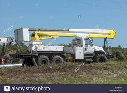 Bucket Truck Stock Photos & Bucket Truck Stock Images - Alamy Used Bucket Truck For Sale 92 Gmc Topkick With 55 Boom Dual Fort Drum The Mountaineer Online Bucket Truck Service T Evans Electric Ltd River Point Station Ford F450 Xl Short Cab Serviceutility Repair Refurbish Body Youtube You May Already Be In Vlation Of Oshas New Service Crane Caravan Cadian Trucks Headed South To Help Victims Boom Automotive Buying Superior Aerial And Equipment Substation