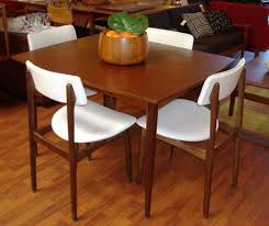 Dining Room Chair Table Knoll White Saarinen Round Wood Antique Marble